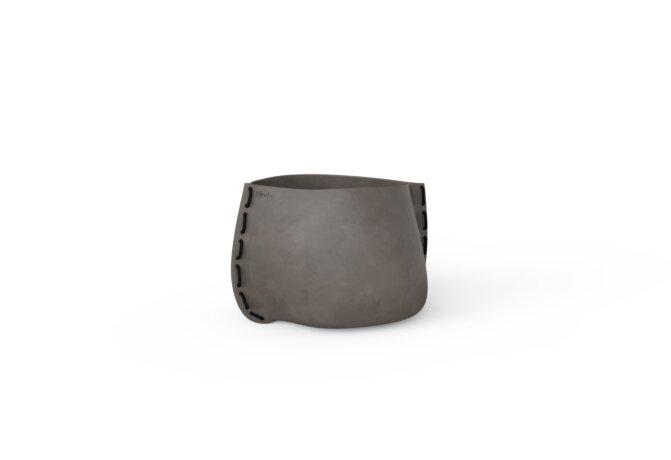 Stitch 25 Plant Pot - Natural / Black by Blinde Design